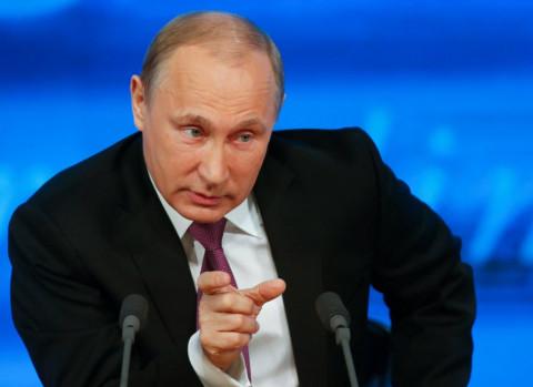 Путин отправил в отставку своего полпреда