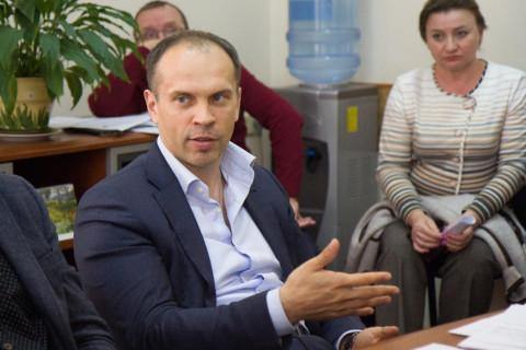 «Единая Россия» предложила сделать постоянными выплаты по больничным на уровне не ниже МРОТ
