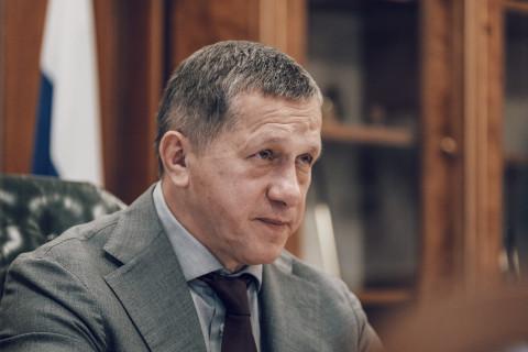 Трутнев меняет прописку: полпредство уже работает на Русском