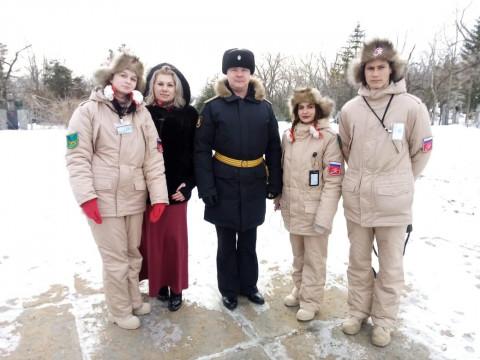 Юнармейцы осветили подвиг российских моряков