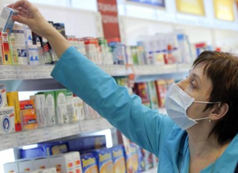 Россияне отдали за лекарства денег больше, а купили препаратов меньше