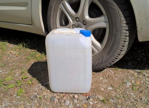 Вот как можно нечаянно испортить бензин и машину