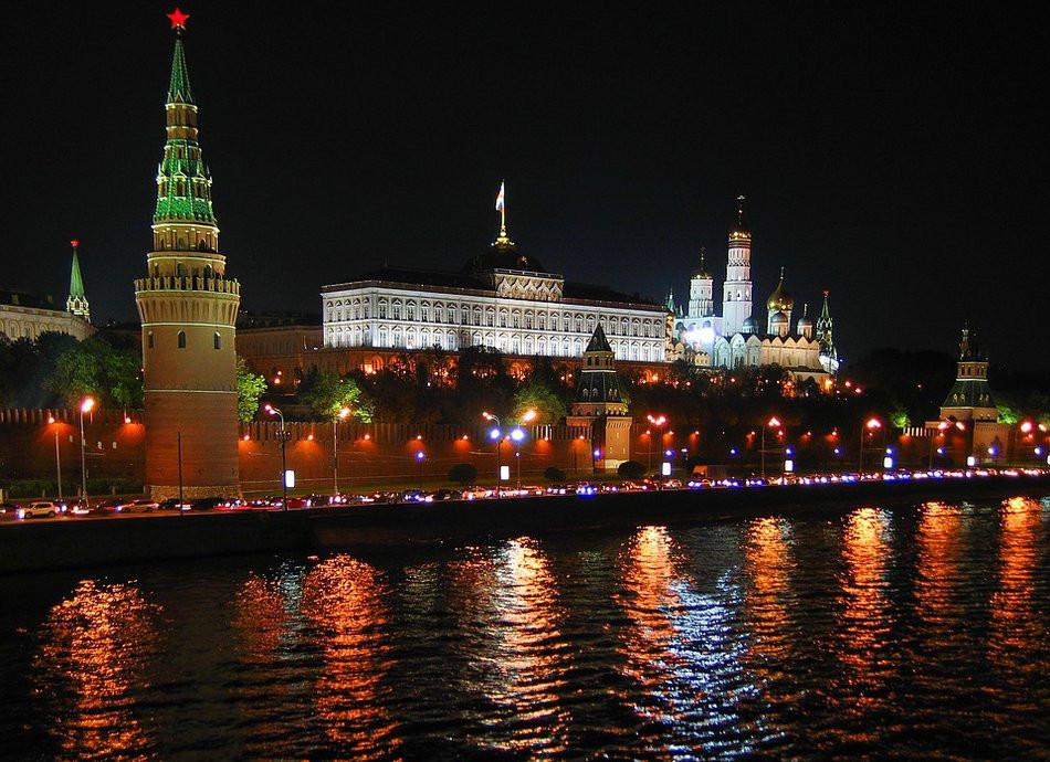 Россию ждут перемены: регионы остались без политической защиты