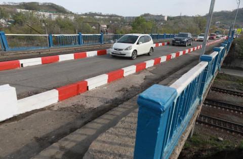 Шевеление дорожников замечено на приморском «мосту глупости»