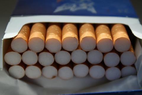 Сигареты в России станут «самозатухающими»