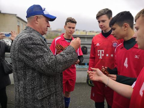 Во Владивостоке состоялся турнир по дворовому футболу, посвященный Дню Победы