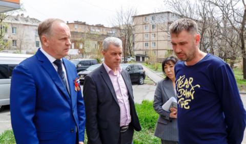 Мэр Владивостока обязал подрядчиков восстановить повреждённые дороги за свой счёт