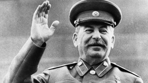 Иных средств нет: коммунисты в канун ЕДГ хотят «выехать» на Сталине