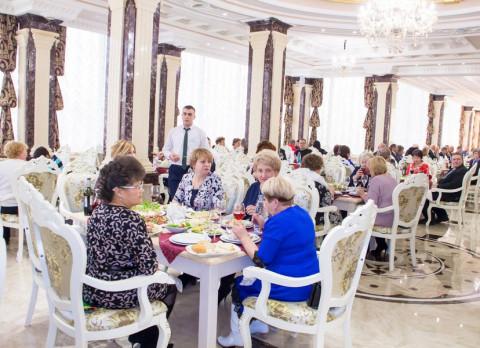 Фитнес-клубы, кафе и рестораны открываются на Дальнем Востоке
