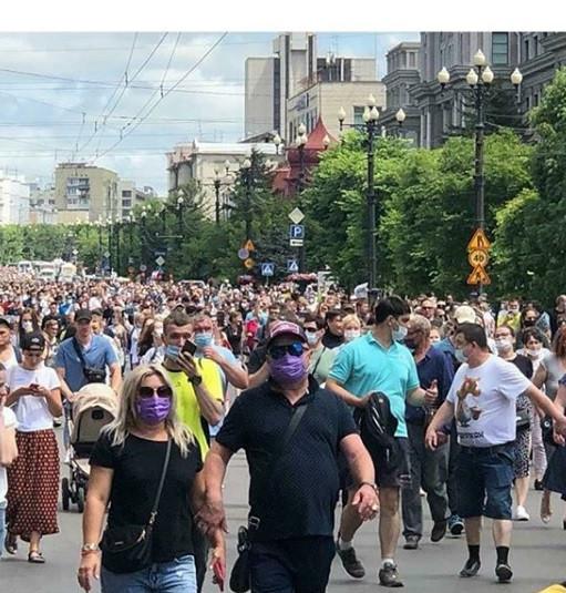 «Спасибо за поддержку»: власти Хабаровска присоединились к протестующим