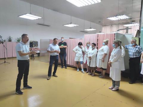 Депутаты провели встречу с рабочими завода в Приморье