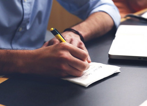 «Самоизоляция» и «обнуление»: филологи выбрали слова года