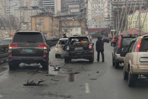 Авария на Золотом мосту произошла во Владивостоке