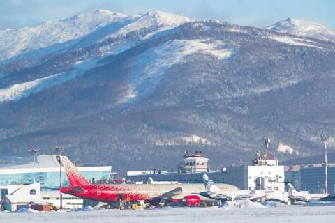 Сахалинский аэропорт расторг договор с частной охраной