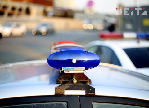 Пьяный мотоциклист разбил машину полицейских