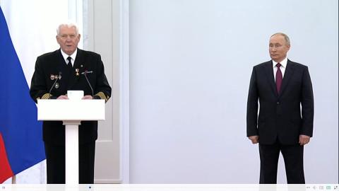 Владивостокский капитан рассказал Путину о «неприбранном фасаде»