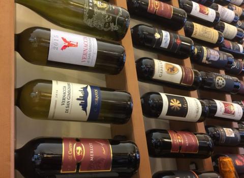 В России будут продавать вино онлайн