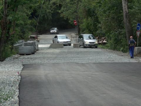 Дороги в Приморье ремонтируют по депутатским наказам