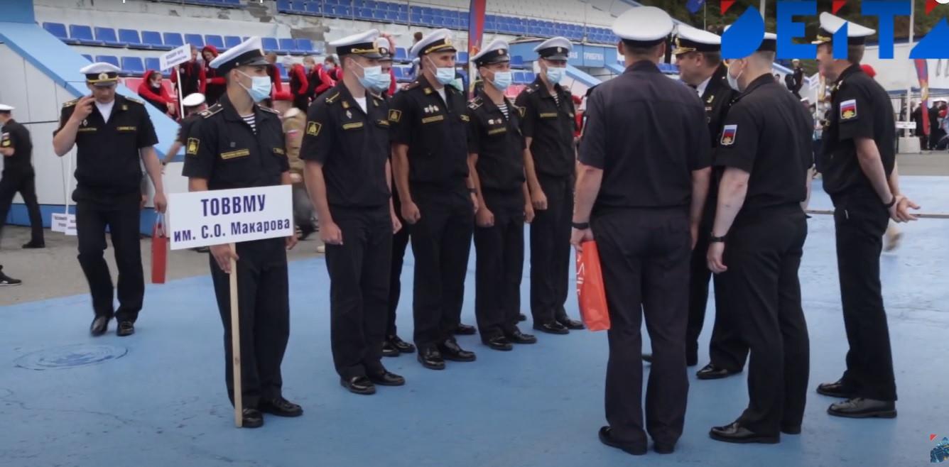 Военно-спортивный фестиваль проходит во Владивостоке