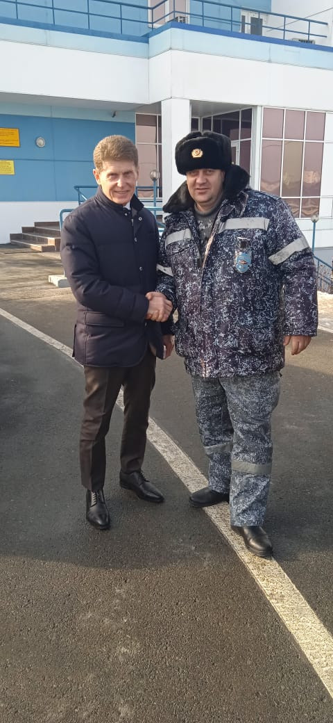 Губернатору доложили об обстановке на Русском мосту