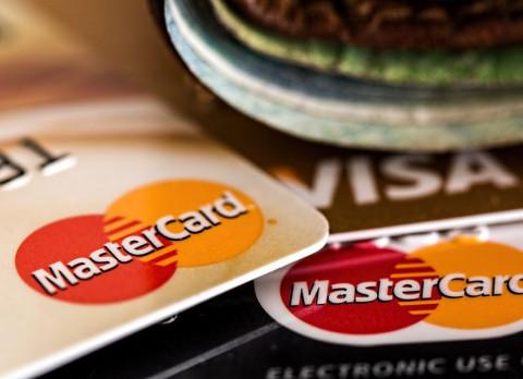 Россию могут отключить от VISA и MasterCard