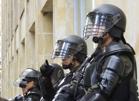 ОМОН подавляет бунт рабочих на Дальнем Востоке