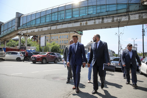 Губернатор проверил подготовку к ВЭФ во Владивостоке