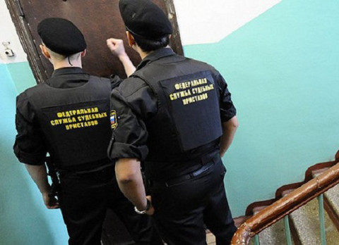 У автомобилистов России массово блокируют права