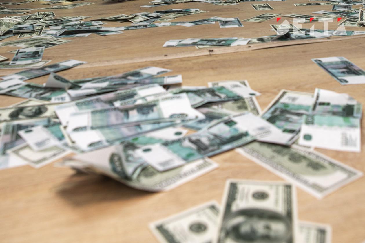 Рублю предрекли новое рекордное падение