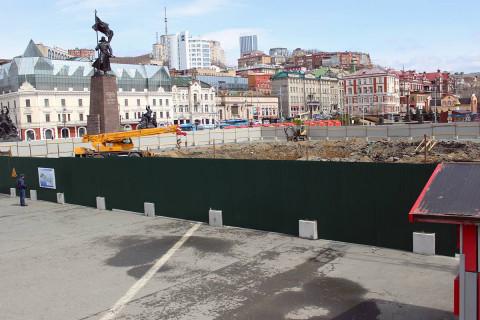 «Единая Россия» требует проверить площадку, выбранную подрядчиками для строительства сухого фонтана