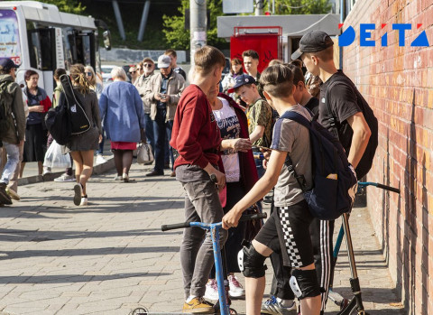 Полиция занялась гуляющими без взрослых детьми