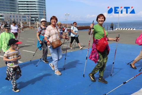 «Тропа здоровья» длиной 2 км встретила любителей скандинавской ходьбы в Приморье
