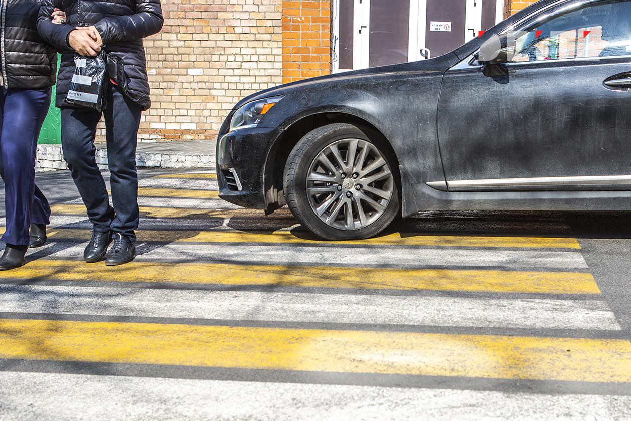 С автотрасс хотят убрать пешеходную «зебру»