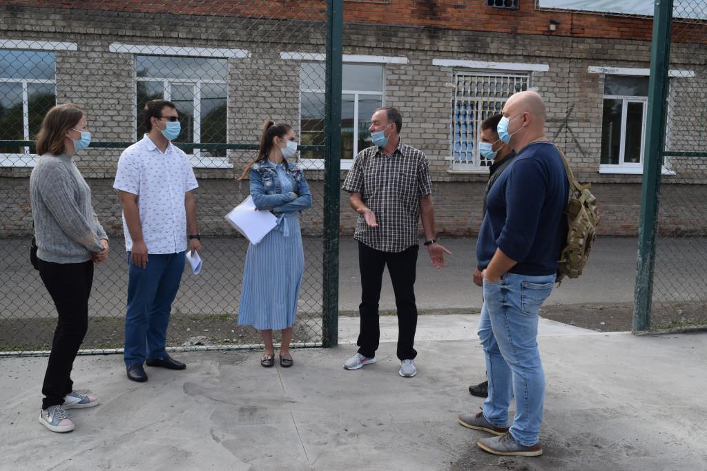 Общественные наблюдатели проверили ремонтные работы в Уссурийске