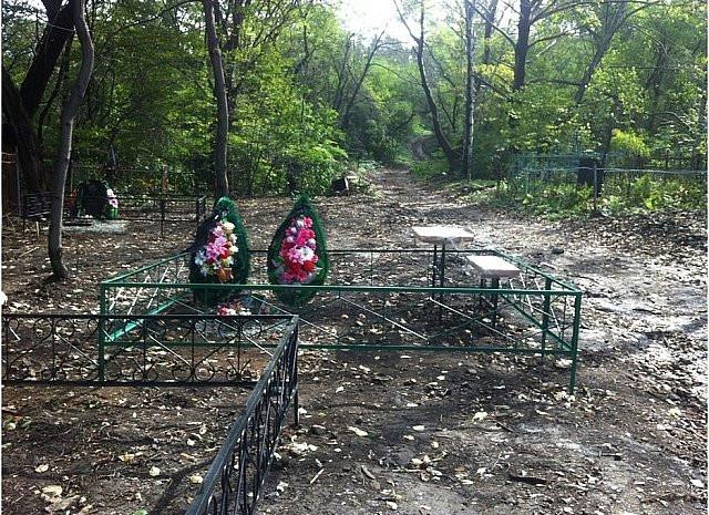 Мэрия Владивостока раскрыла тайну разрытых могил на Лесном кладбище