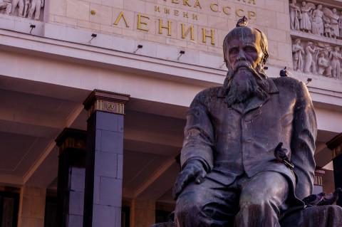 «Отнять и поделить»: экперт рассказал, почему россияне хотят обратно в Советский Союз