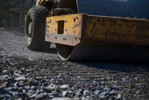 Восстановление дорог после тайфуна завершают в Приморье