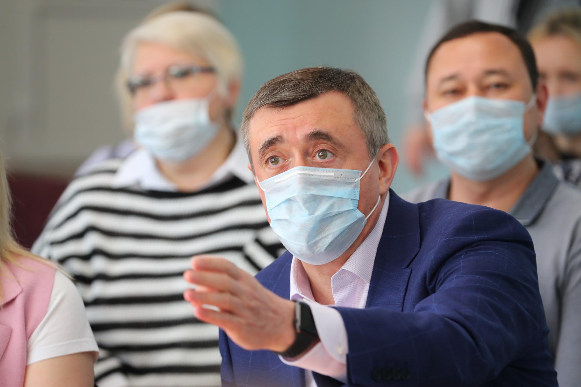 Минздрав не понял инициативу Лимаренко по отмене масочного режима