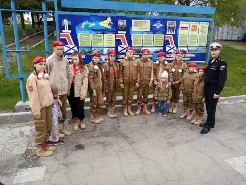 Юнармейцев познакомили с тренировочным комплексом для моряков ТОФ