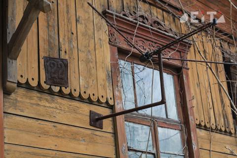 Ребёнок погиб при падении из окна в Приморье