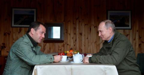 Путина и Медведева защитят от «административки» и «уголовки»