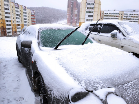 54 ДТП и массовые отключения электричества: как Владивосток пережил непогоду 15 февраля