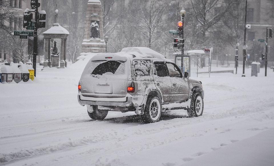 90 ДТП и почти 140 травмированных пешеходов насчитали в Приморье в день снегопада