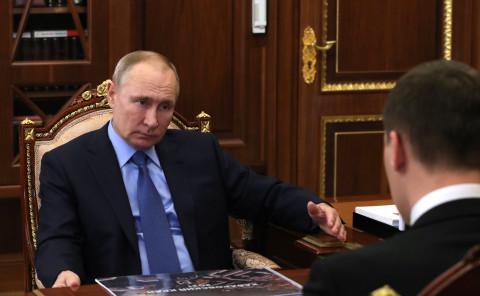 Верят вопреки: Путин похвалил Дегтярева и обещал помочь Дальнему Востоку