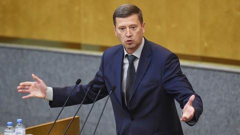 «Власть боится даже тех, кто ее защищает»: Депутат предрек 37-й год в России