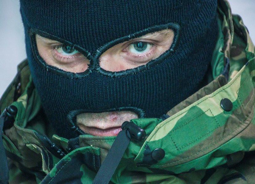 Прохожий открыл огонь по полицейским в Москве