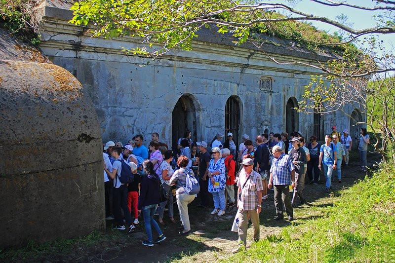 Жители бьют тревогу: объект Владивостокской крепости варварски уничтожен в столице ДФО