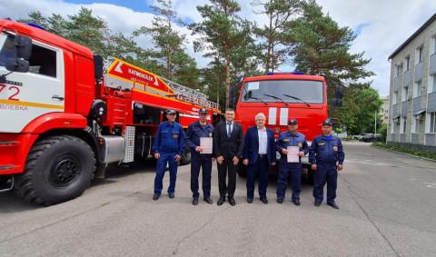Новые пожарные машины прибыли в Приморье