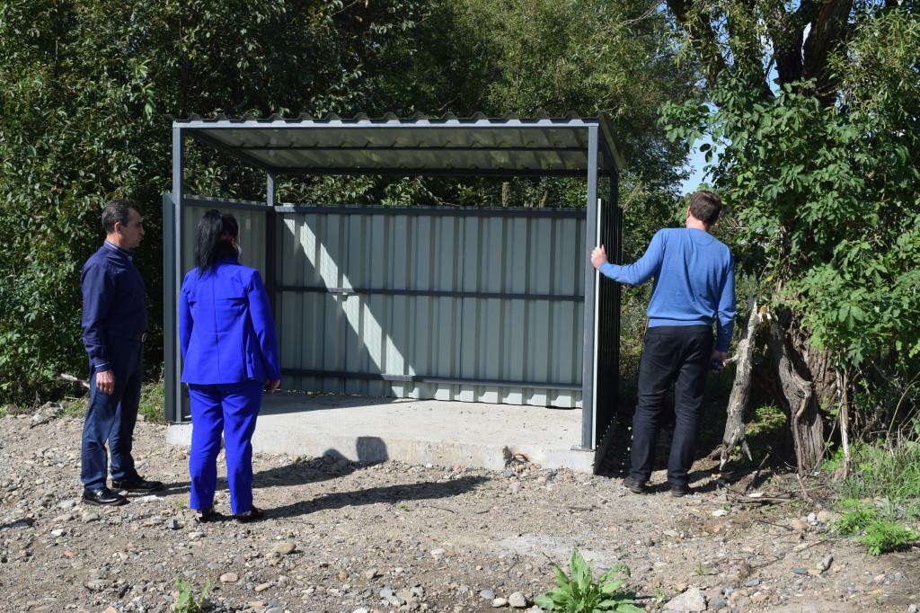 Площадки для сбора мусора оборудовали в частном секторе Уссурийска
