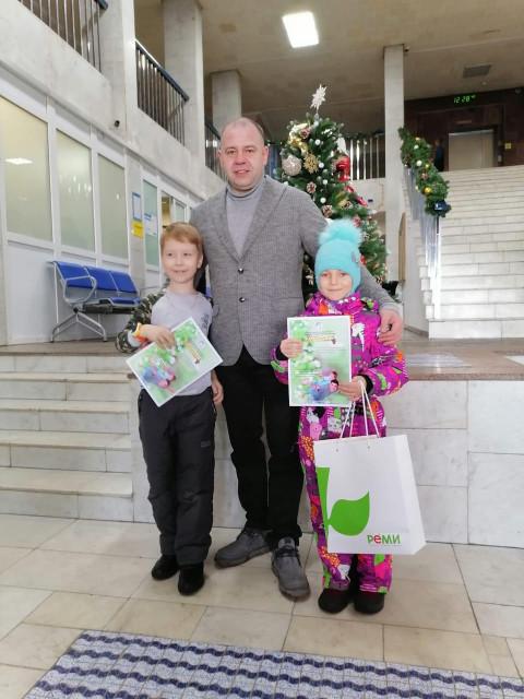 Совет отцов Приморья поздравил победителей конкурса стихов